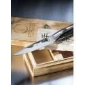 Forged Intense mes in houten kist