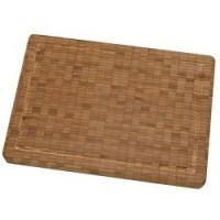 Snij accessoires als snijplank, aanzetstaal vind je bij Koken & Wonen
